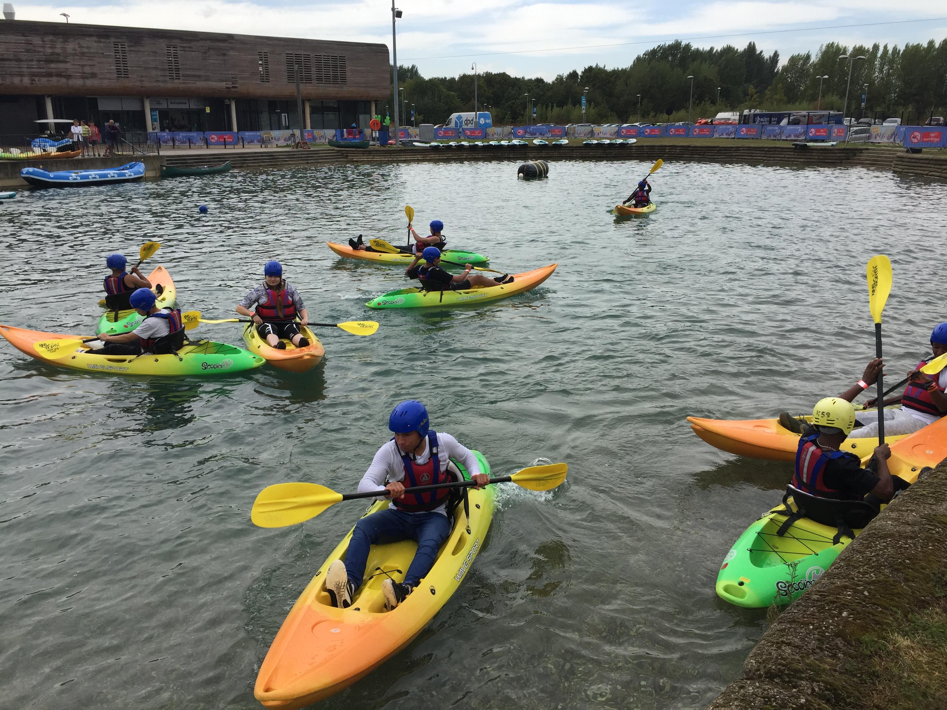 Young refugees and asylum seekers enjoy exploring new activities!