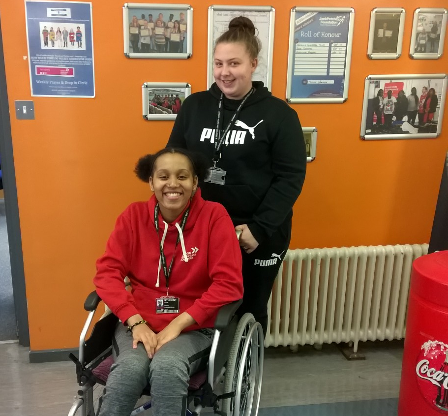 Young sportswomen prove just how valuable true friendship can be!