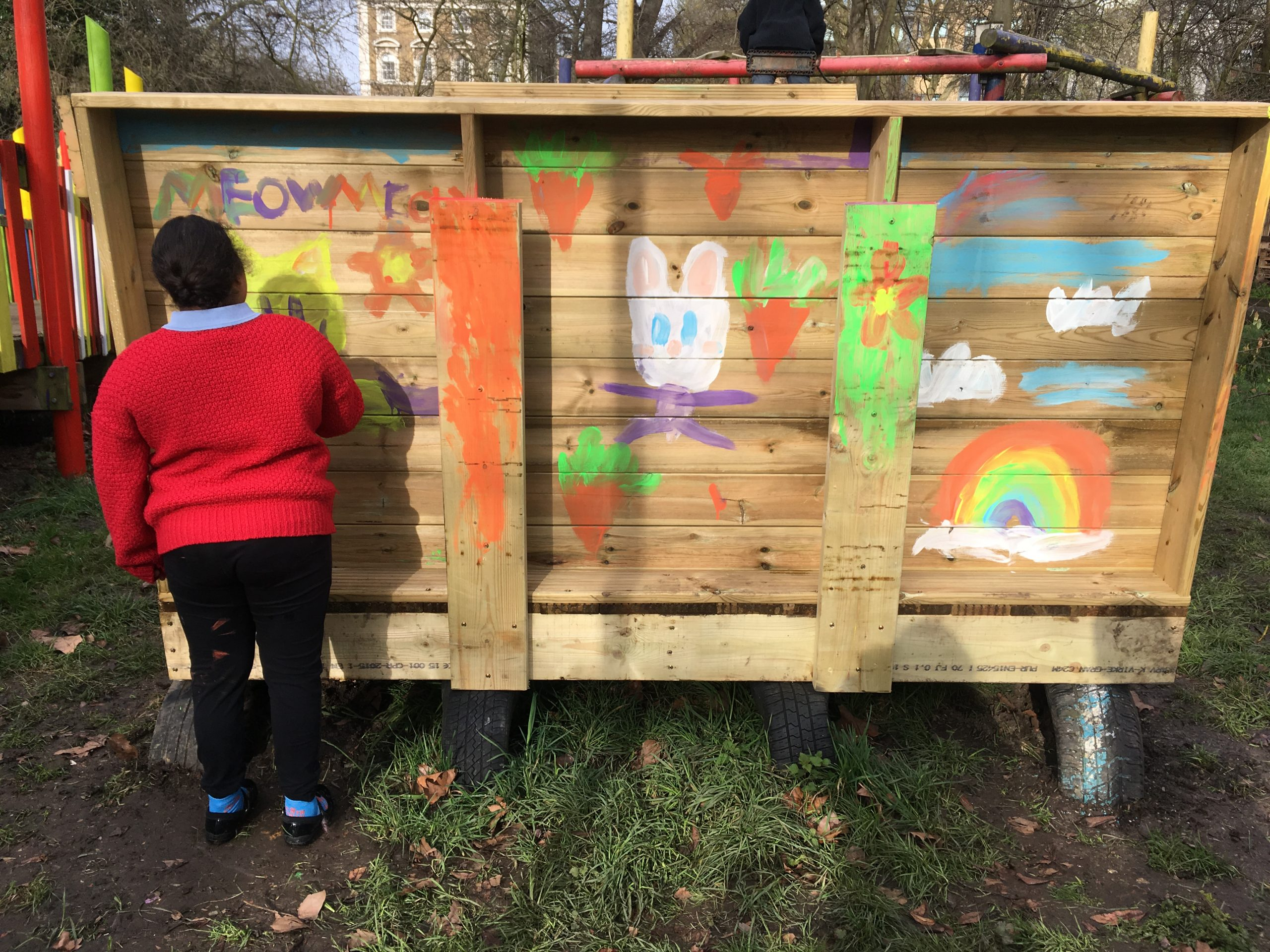 KIDS organisation uses Leader Award Grant to build own Seesaw